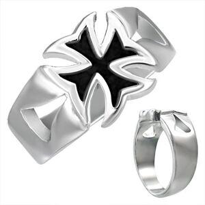Mohutný ocelový prsten s patinovaným maltézským křížem - Velikost: 68