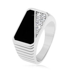 Prsten ze stříbra 925, svislé zářezy, obdélník - černá glazura, čiré zirkony - Velikost: 60